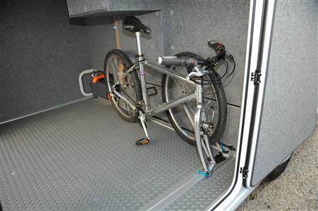 fahrradtr ger f r wohnmobile und reisemobile. Black Bedroom Furniture Sets. Home Design Ideas