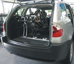 Fahrradtr 228 Ger Fahrradhalter F 252 R Den Bmw Innenraum