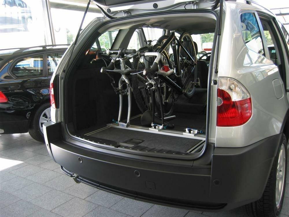 innenraum fahrradtr ger schiene f r den audi q5 mit gep ckschienen 133 40. Black Bedroom Furniture Sets. Home Design Ideas